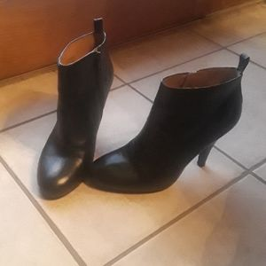 Nine West ankle boots black leather 6.5